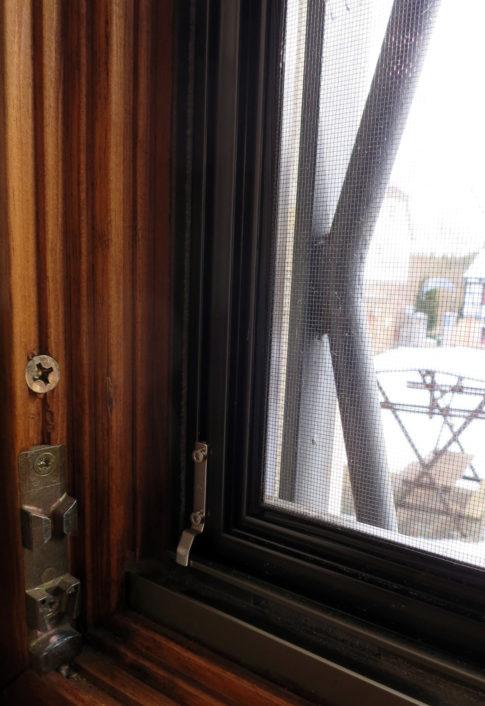 Fenster mit Insektenschutzgitter